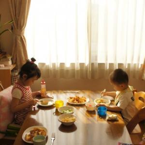 親も子も、朝の支度がグッとラクに。○○のおかげで、笑顔で『いってらっしゃい』が叶います。