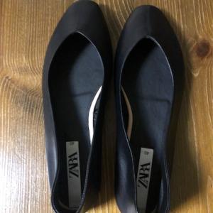 *本当に履き心地が良いZARAの靴はサイズも豊富。。