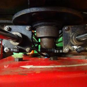 タイヤチェンジャーのホース交換と余剰部品の整理