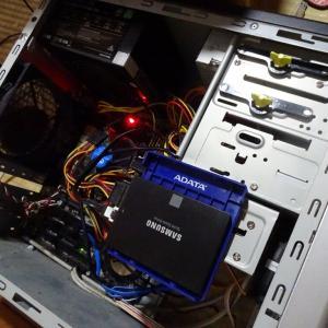 今度は自宅PCのSSDが死亡とエスティマHVのガソリンを使い切る