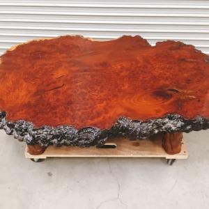 常陸太田にて輪切りの一枚板テーブルの出張買取をいたしました