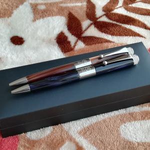 マーブル模様が素敵なロメオのボールペン