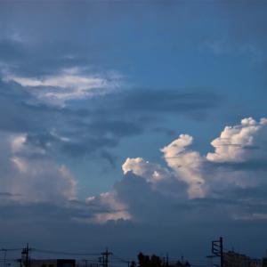 積乱雲の朝