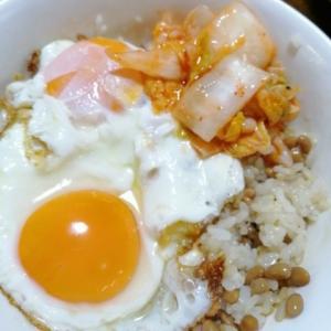 納豆キムチ卵ご飯