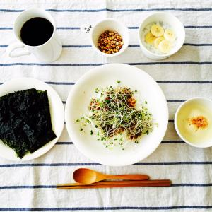 「ツヤ髪」は食事から作られます。