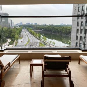 ザ・ペニンシュラ東京のプールとジム、サウナをブログレポート!テラス席は日比谷公園&皇居ビューの絶景!