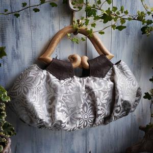 個性派バッグで楽しむ秋の和洋スタイル☆