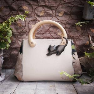 もうすぐ『BAG展』☆ミントグリーンの小鳥バッグと黒猫バッグのご紹介
