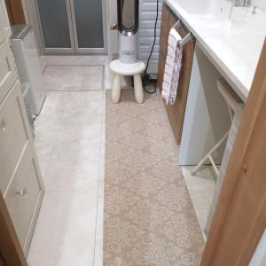 HOME COORDYのキッチンマット*洗面にも敷きました
