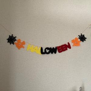 我が家の1歳半のお片づけ事情◇100均でハロウィンの飾り付け