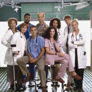 海外医療ドラマ「ER」を、一気に331話すべて見て感じた8つのこと