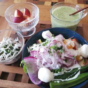太ったから朝から野菜食べよう