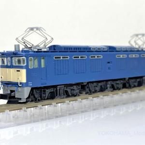 EF64 0 1次形が入線です。KATO 3091-1