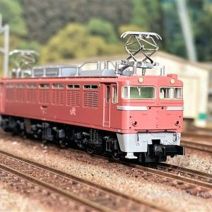 EF81 400番台(JR九州仕様)が入線しました。TOMIX 7145