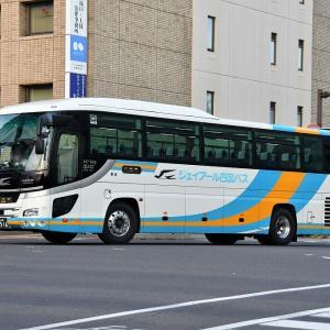 ジェイアールバス四国バス647-5916(香川230あ5916)