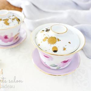 お花と茶托のカラーをリンク♡ゴールドスプレーで華やかな茶器