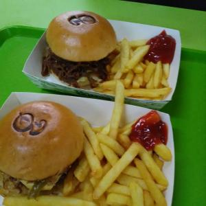 Burgs ホーカーのハンバーガー