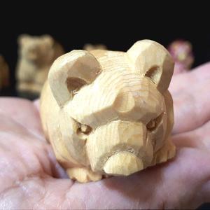 【Sold out】木彫り熊 手乗り熊(小)をUPしました。