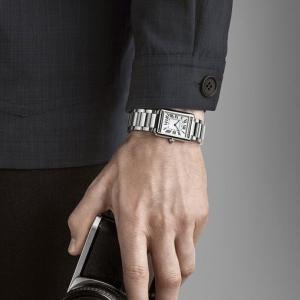 Watches & Wonders 2021新作。メゾンの伝統と洗練性を反映した新作「タンク マスト」 CARTIER