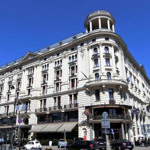 ファサードが美しいワルシャワのホテル ブリストルに滞在