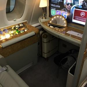 ドバイからシンガポールはエミレーツのA380-800ファーストクラスで!