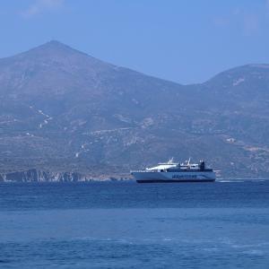 ミロのヴィーナスが発見されたミロス島へ♪