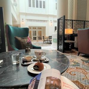 ラウンジで静かなコーヒータイム@インターコンチネンタル ホテル シンガポール