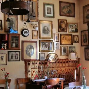 クラクフのユダヤ人街にあるレトロなカフェ@Mleczarnia