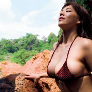 Hカップのスーパーボディ南国・タイで身も心もさらけ出す わちみなみ グラビア水着画像「121枚」