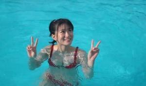 上西怜 水着グラビア「95枚」 水の温度メイキング  Vol.5 プールでグラビア撮影 2021