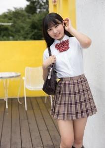宮丸くるみ 制服少女 パンチラ パンツ 白水着ビキニ「38枚」