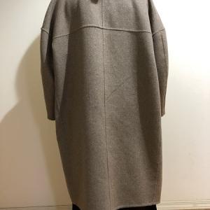 迷いに迷って楽天で買ったコート、お相撲さんみたいだと笑われる