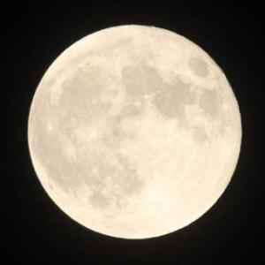 乙女座の満月に感謝の祈りを