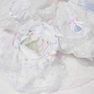 16周年記念・新シリーズ 「ピンクと白のマリー・アントワネット」