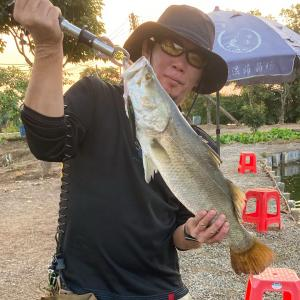 中国国内出張ついでに広州中山釣り遠征釣行(前編)中山市のバラマンディ釣り堀。