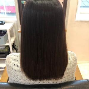 梅雨の時期は髪質改善縮毛矯正が大人気でした!