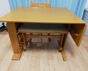 我が家にダイニングテーブルがやってきた~食卓テーブルを選ぶ基準とは