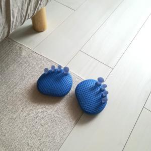 【足楽/お客様の声】足ゆびで地面をつかんで歩けます♪