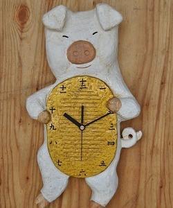 作品、ブタに小判の時計・・・