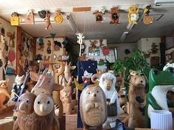店内は動物達の楽園・・・