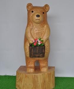 お花を持ったクマさん・・・
