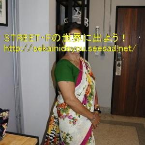 インド女性とサリーSEX