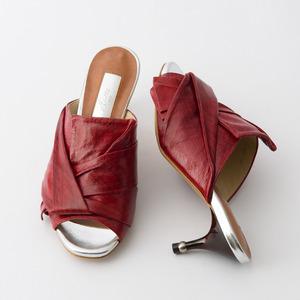 日本製のちょっと素敵な靴をお探しでは・・・?
