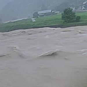 増水した馬瀬川上流も水位は下がりつつ、