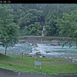 増水した馬瀬川上流の渓流釣りで入れ食い3連続