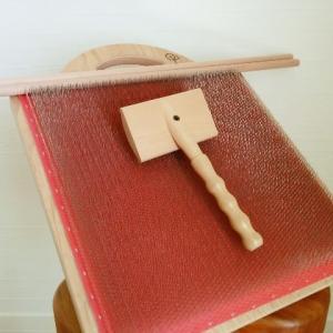 ブレンディングボードがキター!セミ紡毛糸でヘアバンドを編み編み♪
