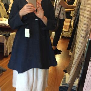 ○ うさとの服 藍染め 色違い 長袖 Vネック トップス チュニック丈