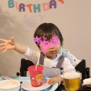 ★2歳男子が夢中!お誕生日プレゼントは定番のあれ★