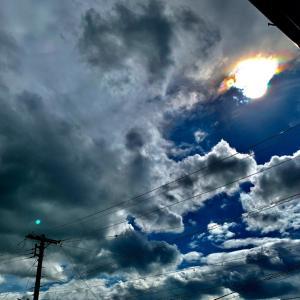 感情は雲と同じ