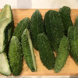 夏野菜をいただきました。沖縄野菜ゴーヤーetc